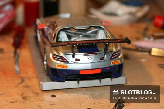 Flexibler Spoilerhalter für Slotcars