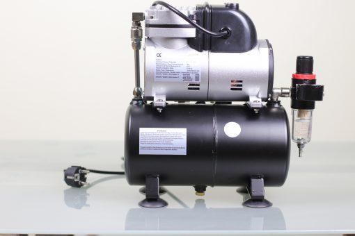 Airbrush Kompressor mit 3 Liter Druckbehälter und Ein-Aus-Dauer Schalter Rückseite 1