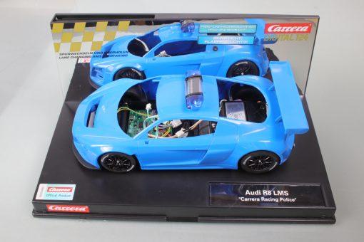 "Audi R8 LMS ""Carrera Racing Police"" 23880 Carrera Digital 124 mit Rohkarosserie Detailansicht"