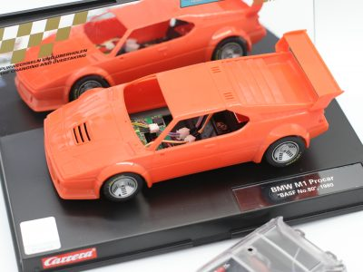 Carrera Digital 124 BMW M1 mit Rohkarosserie Whitebody