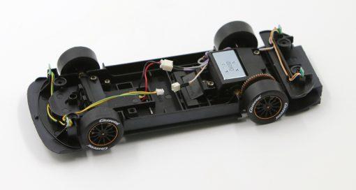 Carrera Digital 124 Fahrwerk ohne Decoder DTM Mercedes C63 orangener Felgenring