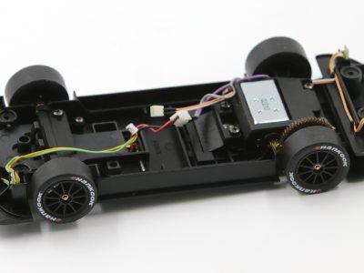 Carrera Digital 124 Fahrwerk ohne Decoder DTM Mercedes C63 (schwarze Felge)