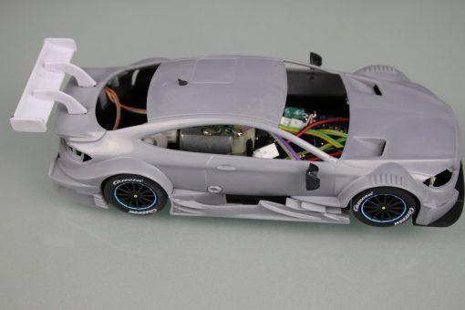 Carrera Digital 132 Mercedes-AMG C 63 DTM mit Rohkarossiere Whitebody