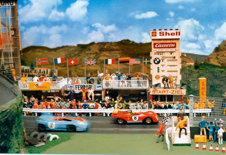 Carrera – 50 Jahre am Drücker