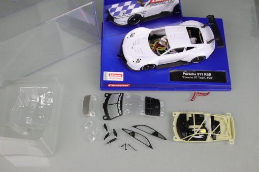 Porsche 911 RSR Porsche GT Team Rohkarosserie 20030890 Übersicht