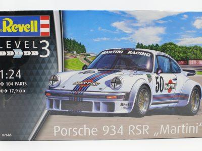 Revell Porsche 934 RSR Martini in 124 - 07685