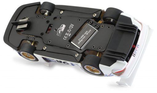 RevoSlot Porsche GT1 Fahrwerk unten
