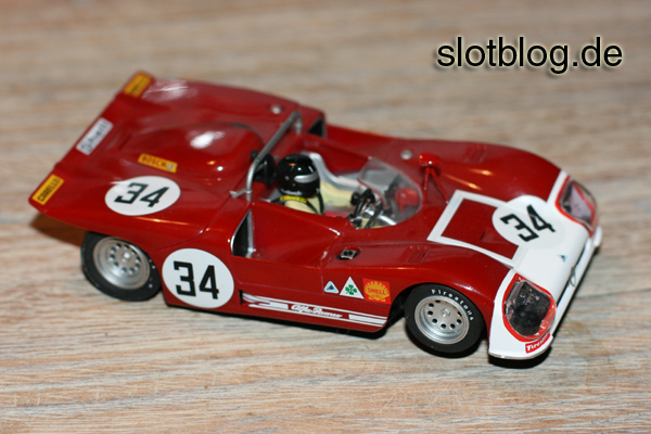Slot.it Alfa 33/3 auf Carrera Digital 132
