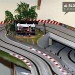 Tribüne für die Autorennbahn